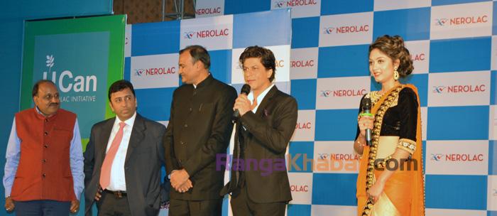 Shahrukh Khan with Akesh Bista
