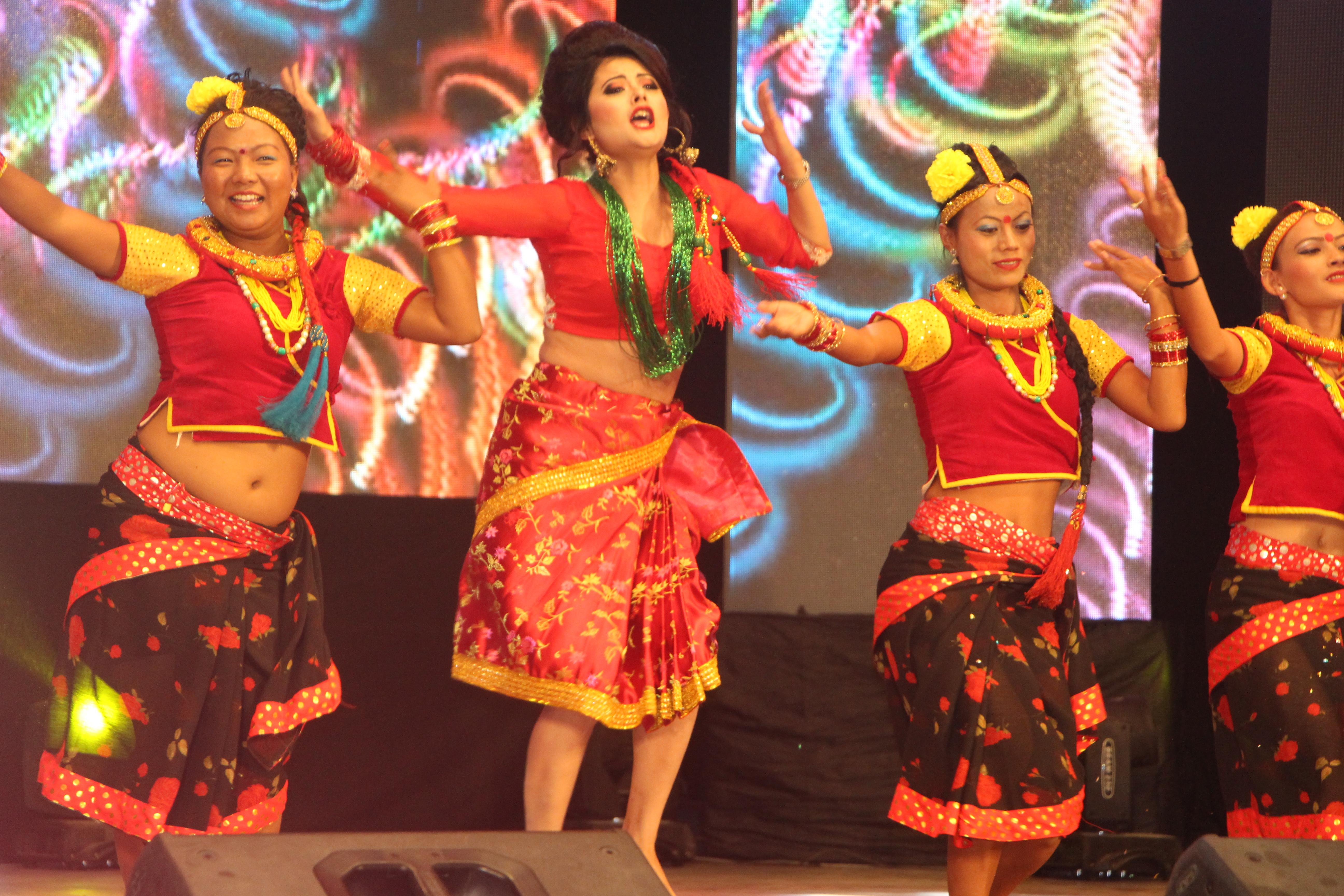 LG award sushma rangakhabar.com